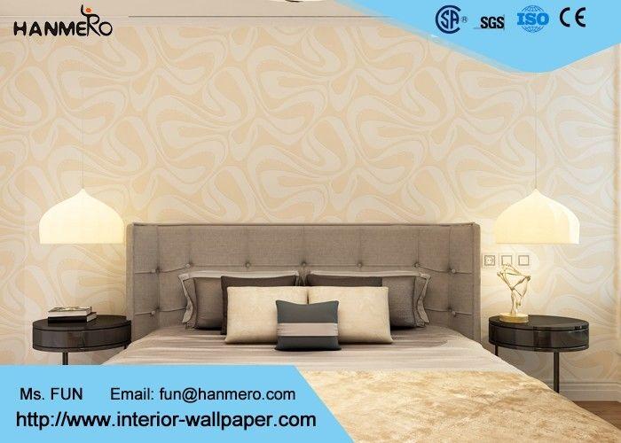 Papier peint d montable moderne de pour le salon mod le g om trique - Idee tapisserie salon ...
